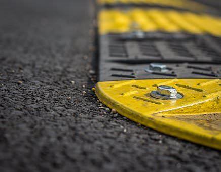 ralentisseurs routiers, pour limiter les accidents routiers